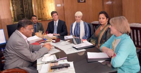 Carter Center delegation meets Information Minister