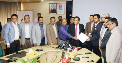 GP pays TK 1,000cr to BTRC