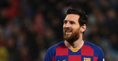 Messi doubts reflect chaos at Barcelona