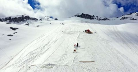 Italian glacier covered to slow melting