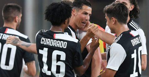 Juventus keep Lazio at bay with Genoa stroll
