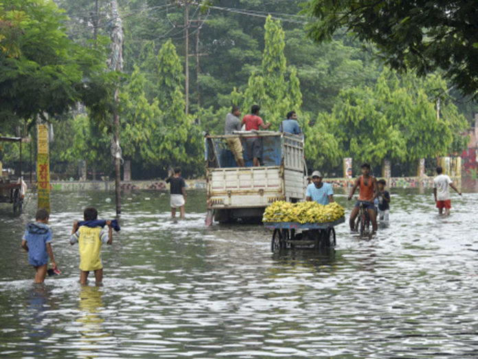 Over 2.4 mln people affected by floods in India's Bihar as death toll rises to 32
