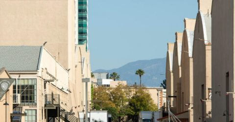 Hollywood unions sign deal with studios boosting return to work