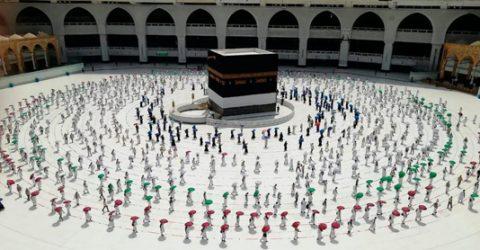Pilgrims head to Makkah for 2nd pandemic hajj