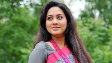 Tarin to feature in 'Mongol Alok' as journalist