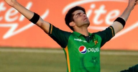 Afridi leads Pakistan's victory despite Taylor's hundred