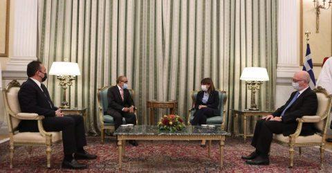 Ambassador of Bangladesh presents his credentials to the Greek President