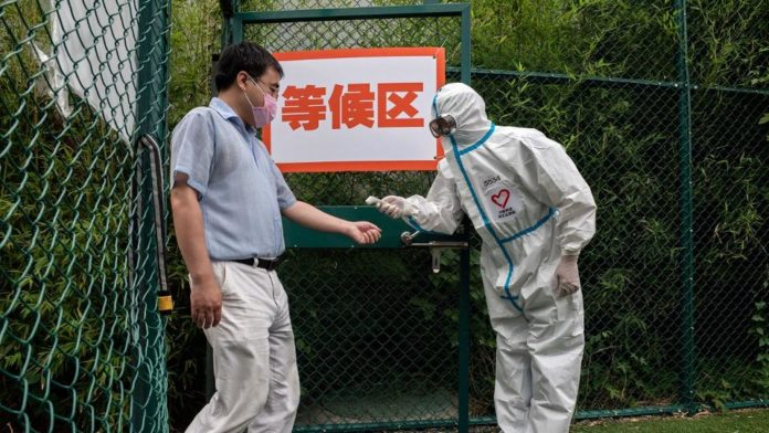 China places 5 million more under lockdown to stamp out virus cluster