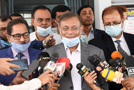 Hasan asks BNP leaders to take COVID-19 vaccines shunning shyness