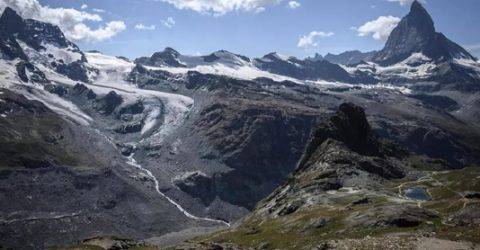 Glacier melt is speeding up, raising seas: global study