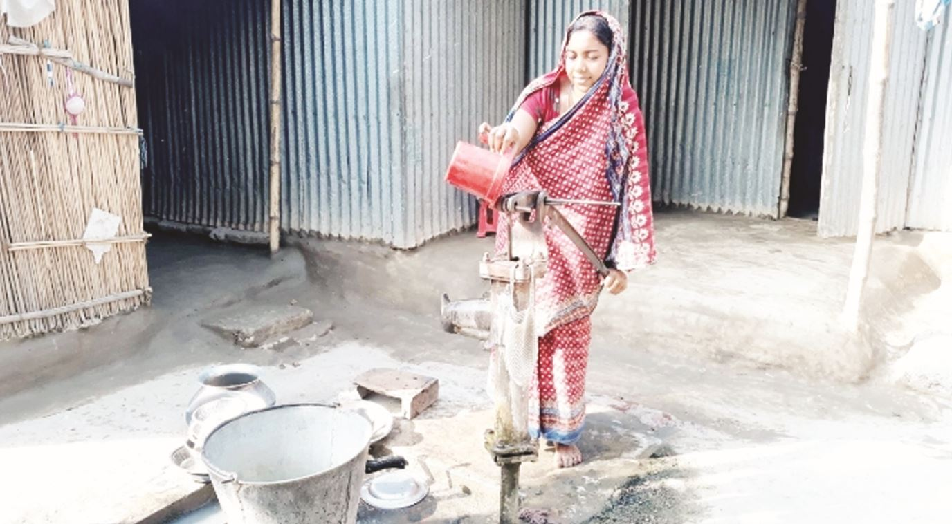 People suffering as tube well water dried up in Subarnachar