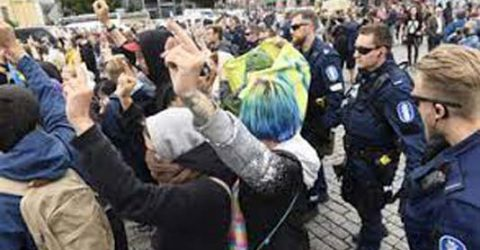 20 arrested at Finnish anti-Covid curbs protest