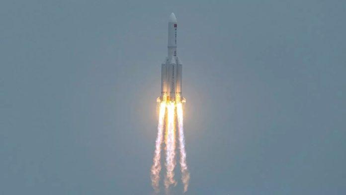 Chinese rocket segment disintegrates over Indian Ocean