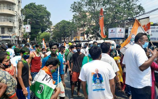 Trinamool Congress consolidates lead in Bengal, trends hint at huge victory