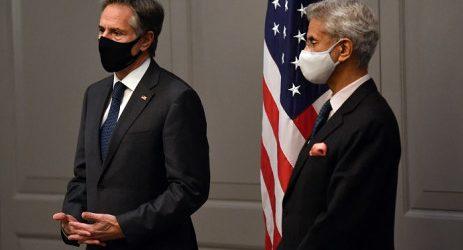 G7 pushes solidarity to tackle global threats