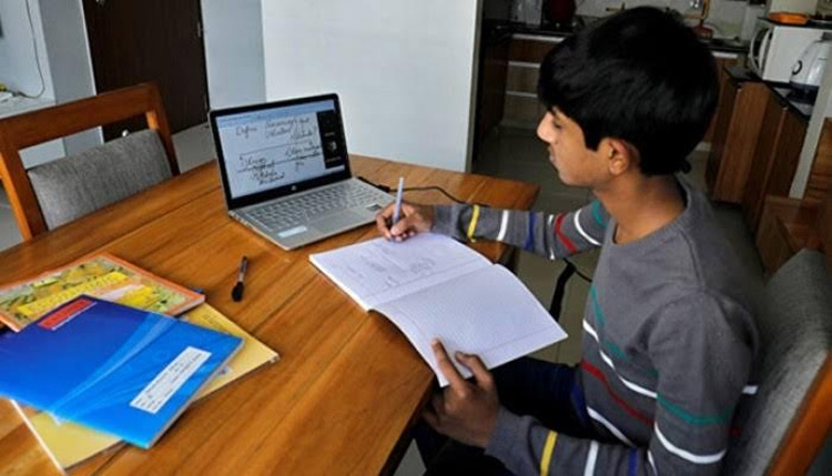 Digital education gaining popularity in Khulna