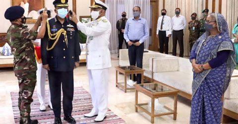 Air Chief Hannan adorned with Air Chief Marshal rank badge