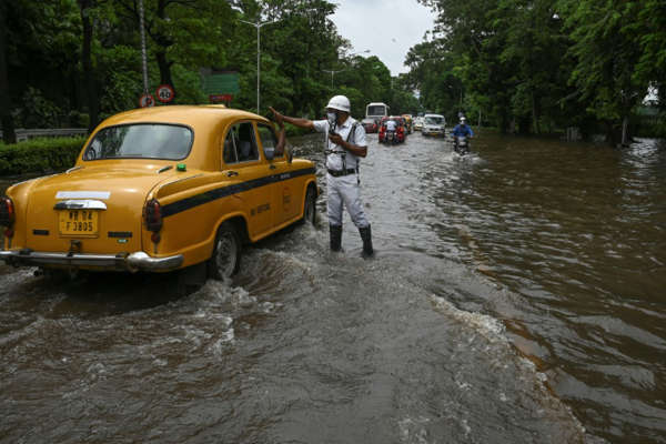11 killed as India's monsoon death toll swells