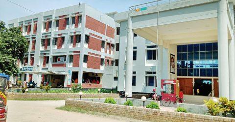 Kashiani hospital faces many crisis