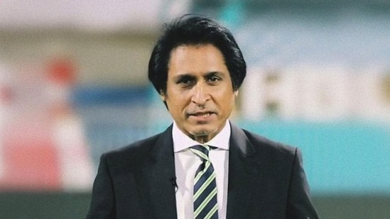 Pakistan elects Ramiz as cricket chief, appoints Aussie batting coach