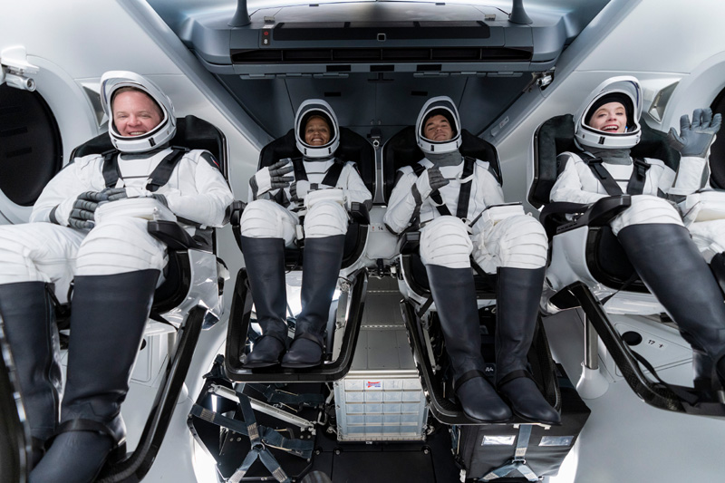 SpaceX's first tourists all set for 'camper van' trip to space