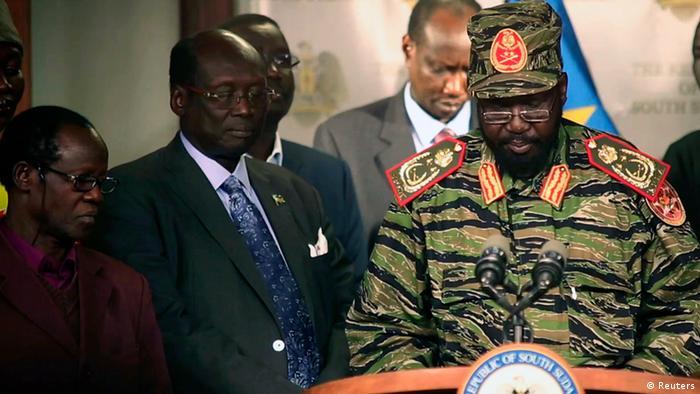 Sudan paramilitary chief faults politicians over failed coup