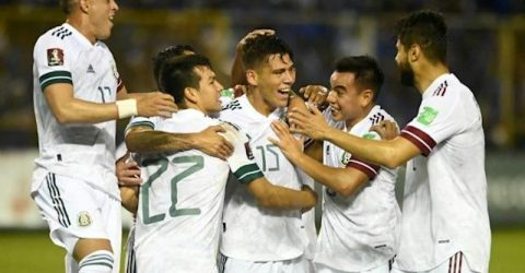 Weah, Dest revive US World Cup hopes, Mexico stay top